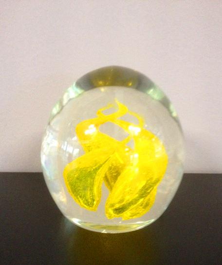 Fermacarte Fiamma giallo, 1 pezzo disponibile, sconto 50%, prezzo scontato 73,20 Euro