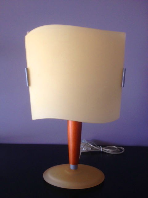 Lampada da tavolo Hugo LP, sconto 50%, 1 pezzo disponibile