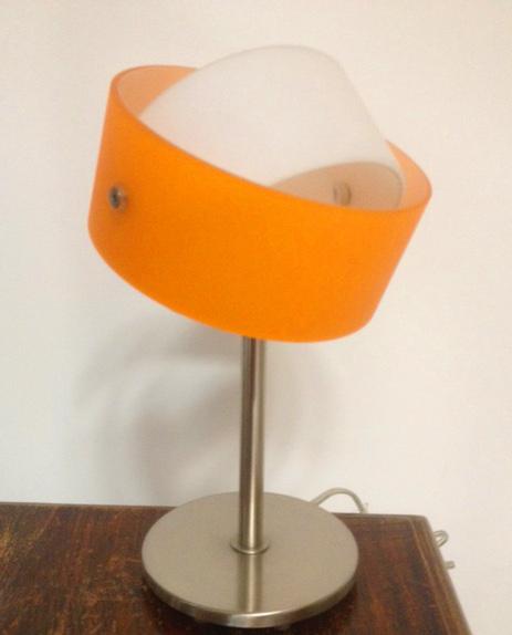 Lampada da comodino moderna Tourbillon/LP arancio, sconto 50%,  PRODOTTO ESAURITO