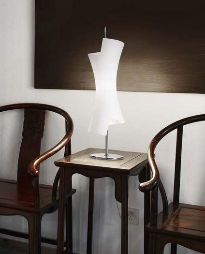 Lampada da tavolo moderna Twister C6732.35, sconto 50%, 1 pezzo disponibile